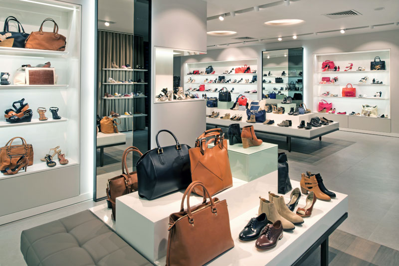 Franchise minelli franchiseur v tements chaussures for Formation agencement interieur